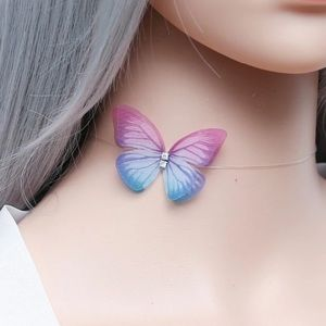 Jewelry - 3D invisible butterfly necklace
